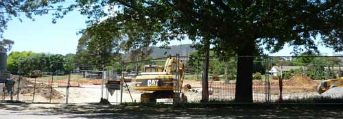 Excavation in Goodwin Street; Mt Ainslie in background